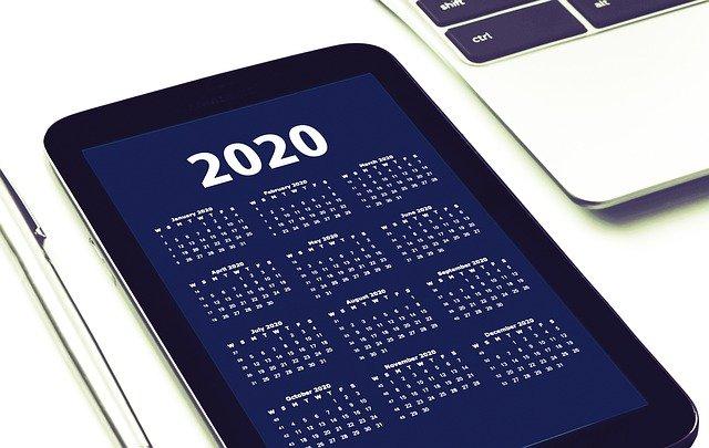 2020 calendar on phone